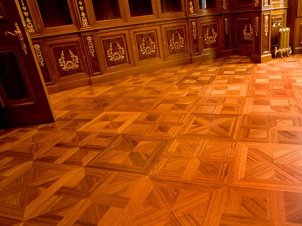 Iroko parquee floor