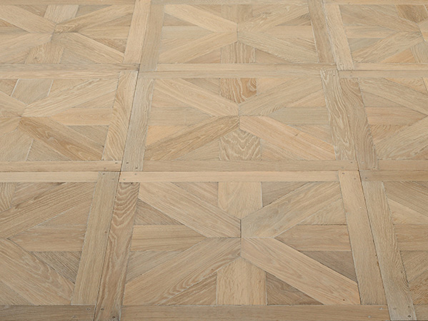 Rustic oak panel flooring