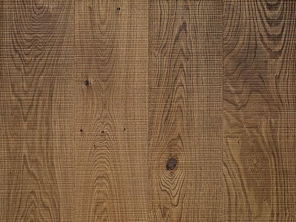 Band sawn medium oak board