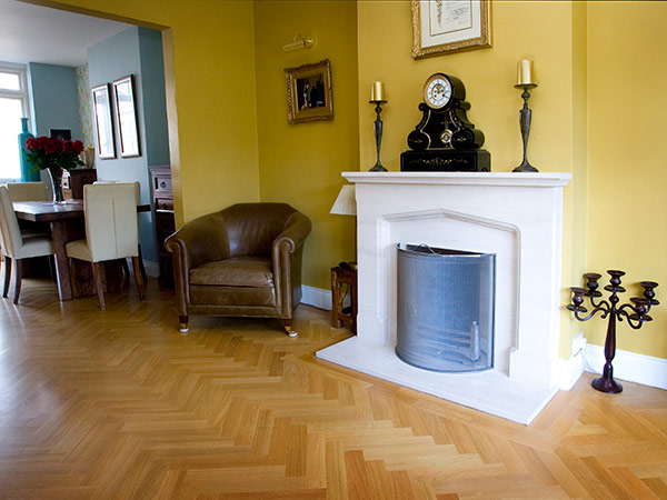 Oak Herringbone with twin-strip boarder